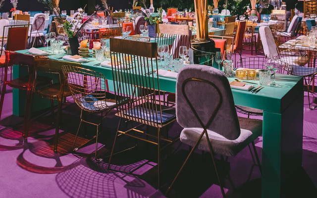 Color your event